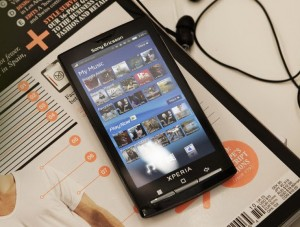 sony_ericsson_xperia_x10_multitouch